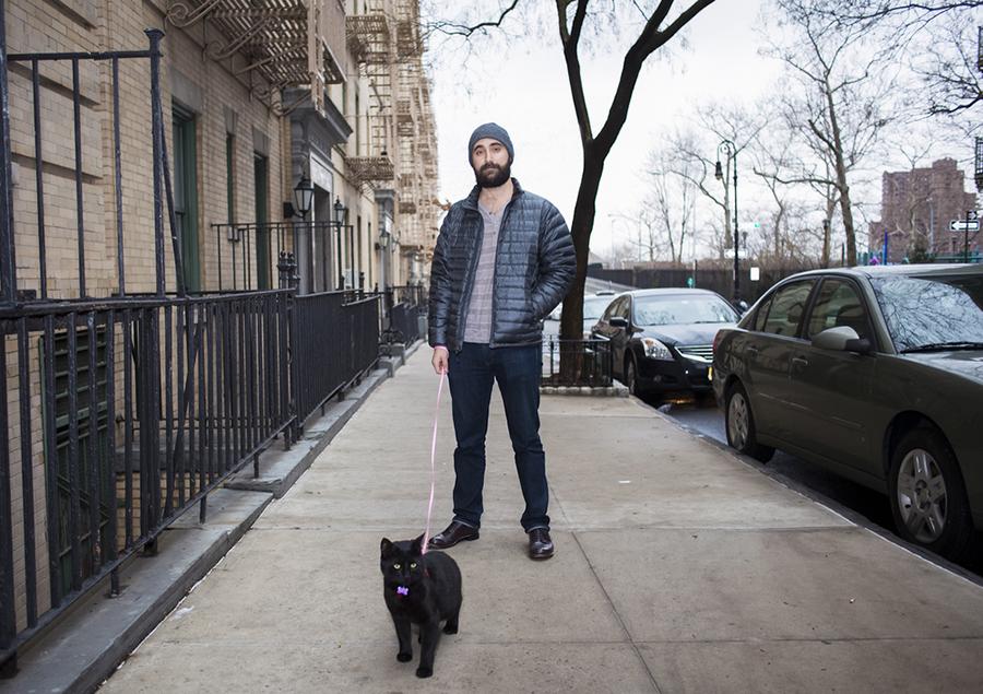 mačka i muškarac - slika 5